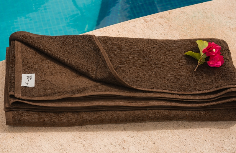 Toalla piscina Forest Chocolate